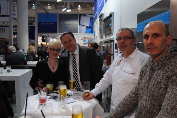 Unitess DSC 0912 in Messeabend mit dem Fachhandel während der Internorga
