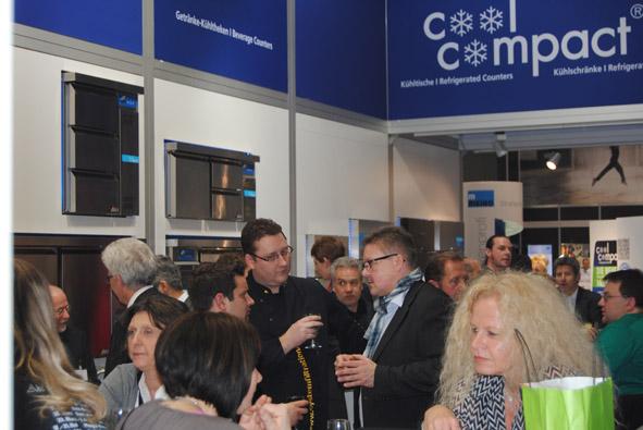 Unitess DSC 0919 in Messeabend mit dem Fachhandel während der Internorga