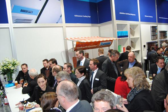 Unitess DSC 0921 in Messeabend mit dem Fachhandel während der Internorga