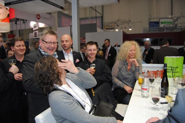 Unitess DSC 0929 in Messeabend mit dem Fachhandel während der Internorga