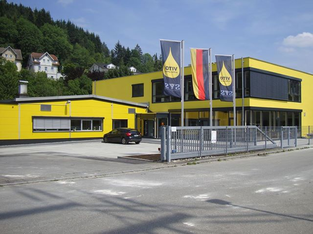 1044725 10151678615299729 1042604849 N in SYS weiht neues Gebäude ein - International Sales Meeting